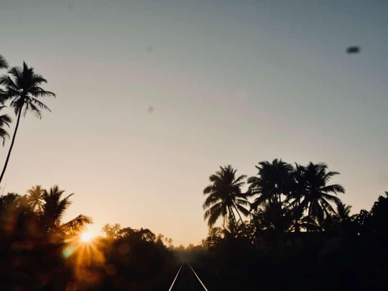 Levée du soleil chez Asanka Midigama - Chipiron Surf