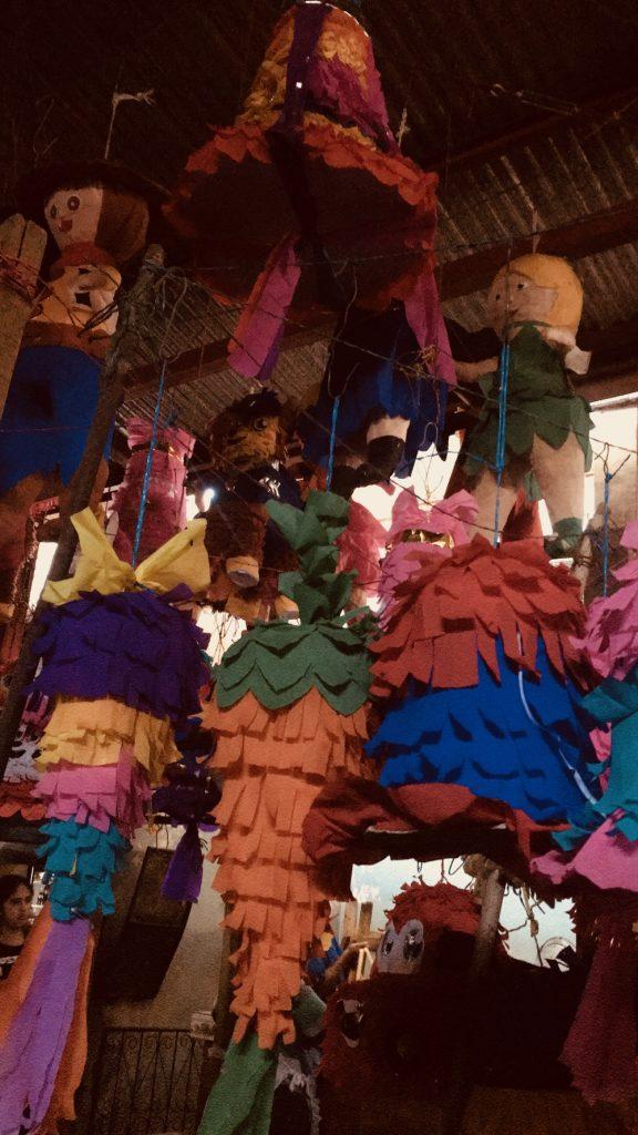 la culture des pinatas - Chipiron surf trip Nicaragua