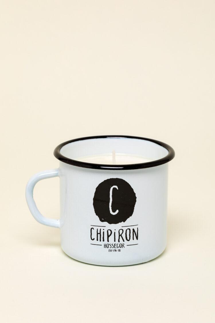 Bougie de surf dans mug en émail blanc Chipiron