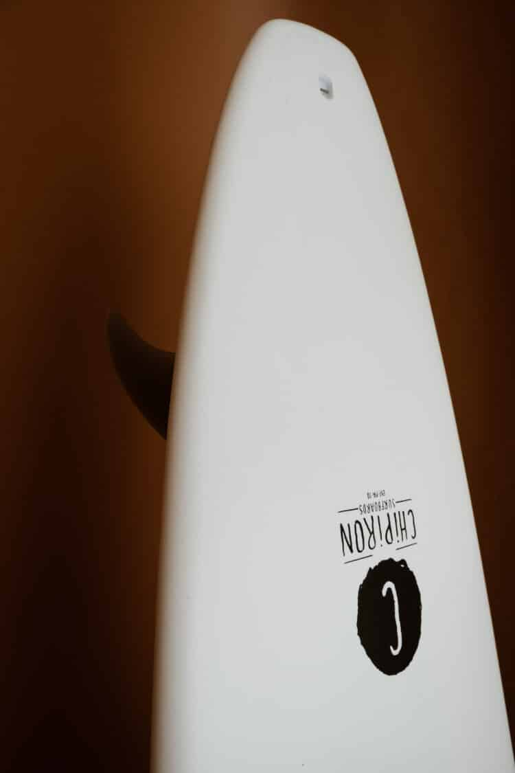 Détail tracker 7' en mousse par Chipiron Surfboards